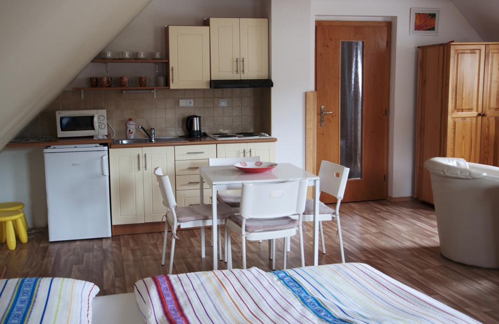 kuchyň, ubytování, Třeboň, kompletně vybavená, Třeboňsko, soukromí